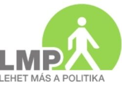 Lehet más a Politika, és a domain is lehet más?