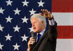 Bill Clintonnal dobják fel a konferenciát