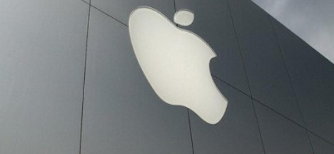 Az apple ügylete lett a kés a közösségi portál nyakán